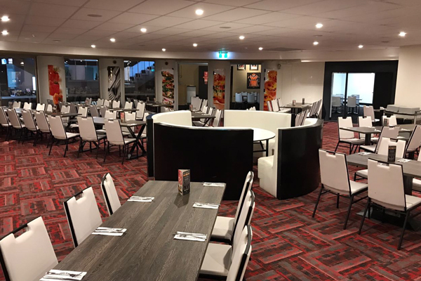 FUNCTION ROOM - UP TO 140 SEATINGS